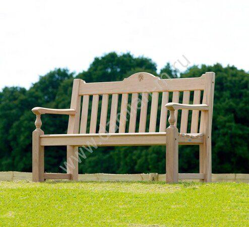 Деревянная скамейка со спинкой