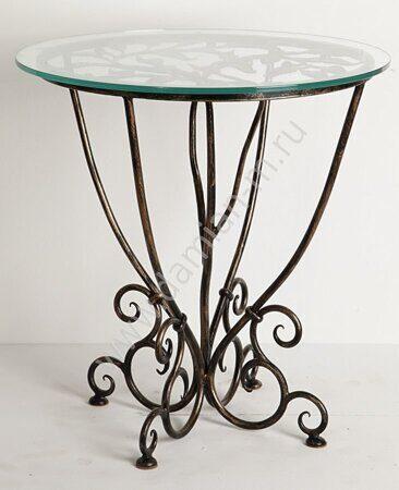 Журнальный столик с кованым основанием и стеклянной столешницей